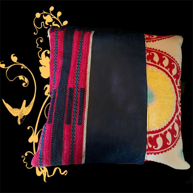 Pillow+Santa+Cruz.jpg