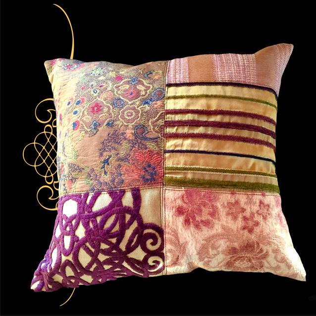 Victoria+Pillow.jpg