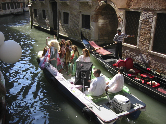 Performance on Gondola copy.jpg