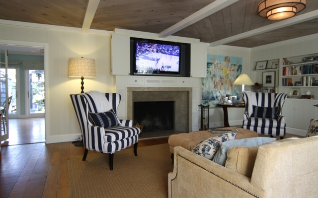 PJID custom design entertainment center