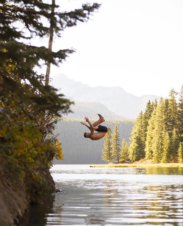 Sometimes you just have to make the most of every moment. Photo by @mollhickey #socalitycamp #explorealberta