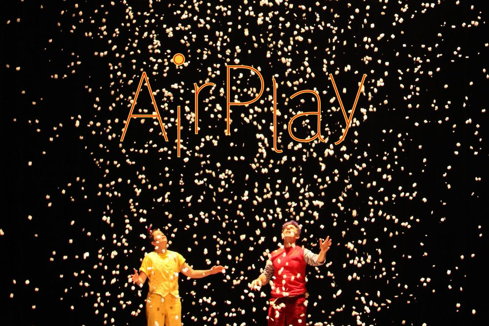CIRCUS AND SCIENCE COLLIDE   in a gorgeous homage to the power of air. Flying umbrellas, larger-than-life balloons, giant kites floating over the audience, and the biggest snow globe you've ever seen will make you gasp in wonder and laugh until it hurts.     *This show has it's own website .  VENUE: Indoor Theaters