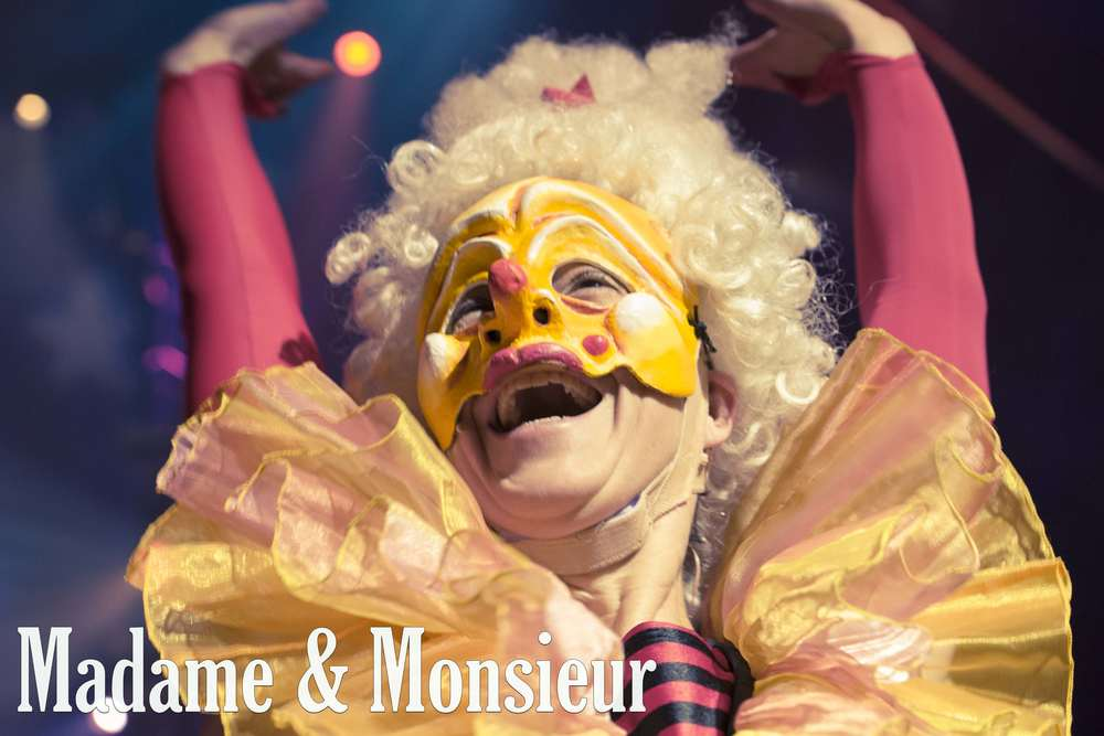 EXCELLENT CLOWNS FOR CIRCUSES AND FESTIVALS,  Madame and Monsieur entertain with three unique acts.   Featuring a bouncing butt, a pool noodle sword fight, and a flying head, Madame and Monsieur create big laughs in every country they visit.  *Recently seen performing at BIG APPLE CIRCUS.  VENUE: Circuses.