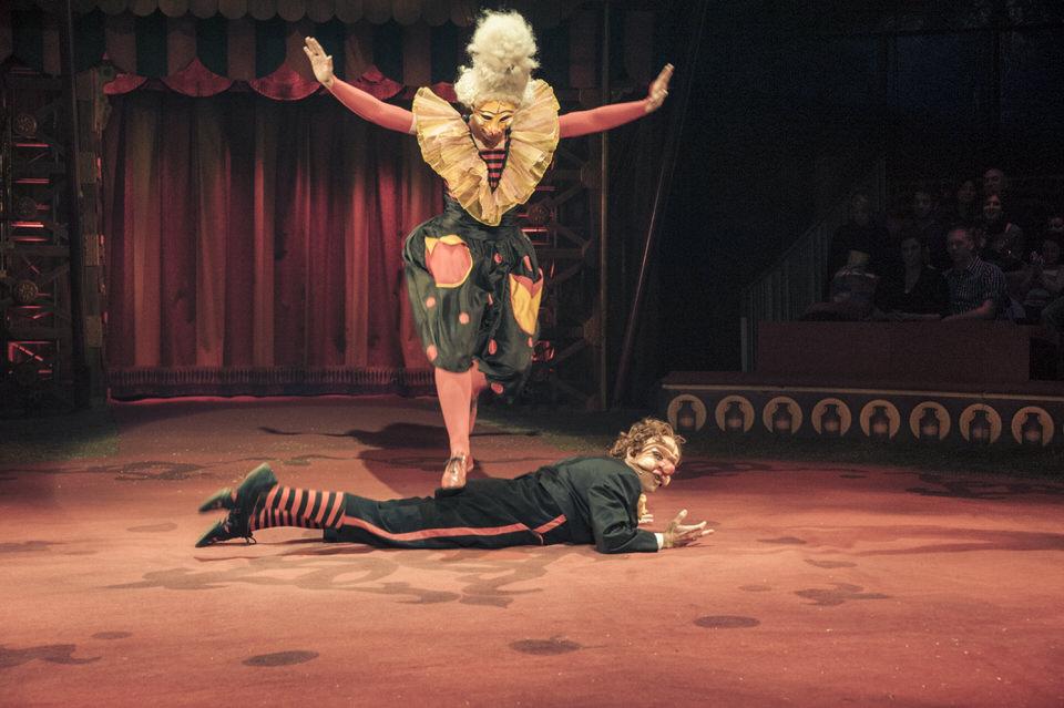 acrobuffos-madame-monsieur-big-apple-circus-slapstick.jpg
