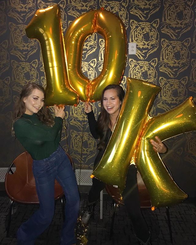 Bc @hellosarahjones only turns 10,000 days old once 🎉 Karaoke was sung & lots of laughs shared. Thanks for such a FUN night, Sarah! (Ps- you don't look a day over 9,999) 🎀 : : : : : : : : : : : : : #10000 #celebration #karaoke #party #kungfusaloon #nashville #friends #10k