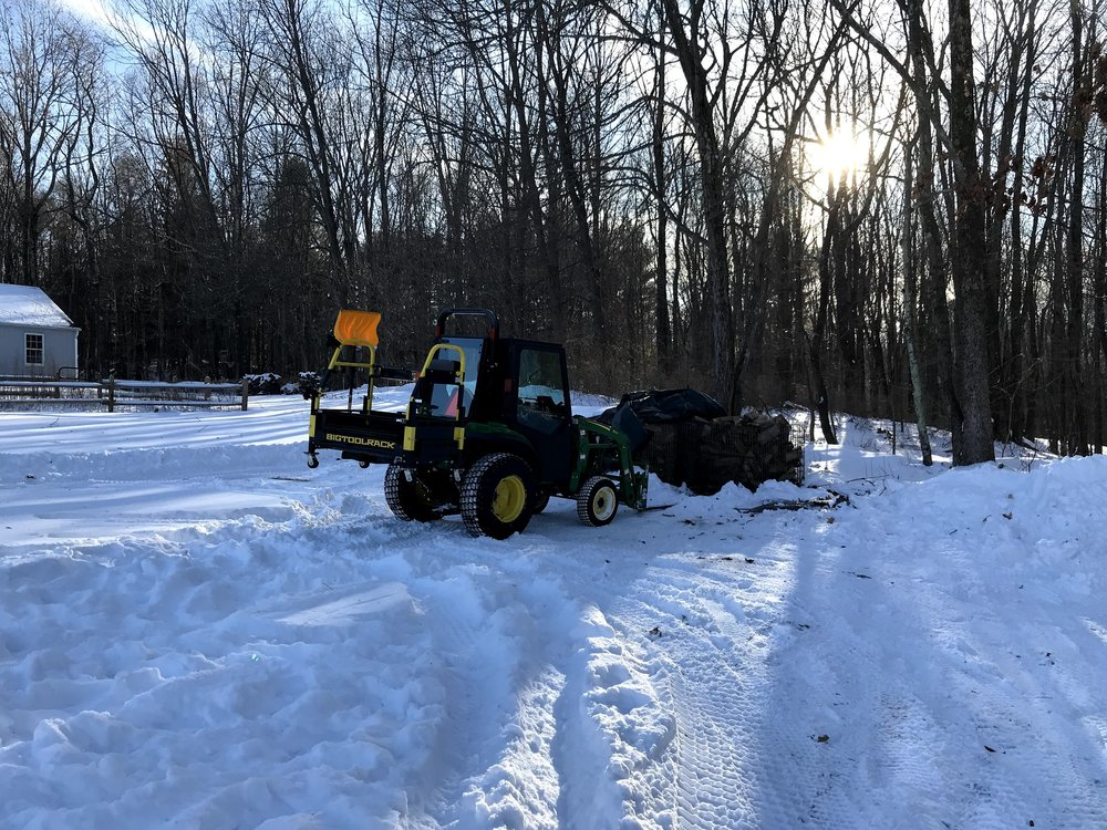 John Deere 2038R with Bigtoolrack carry all & Curtis Cab