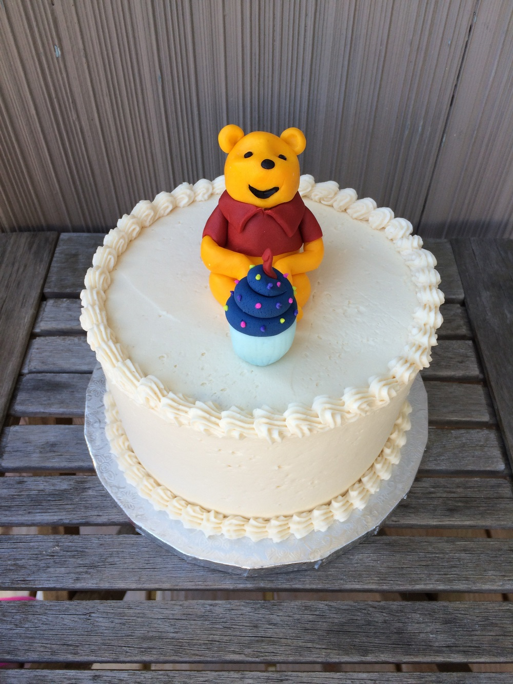 Winnie the Pooh cake for a first birthday