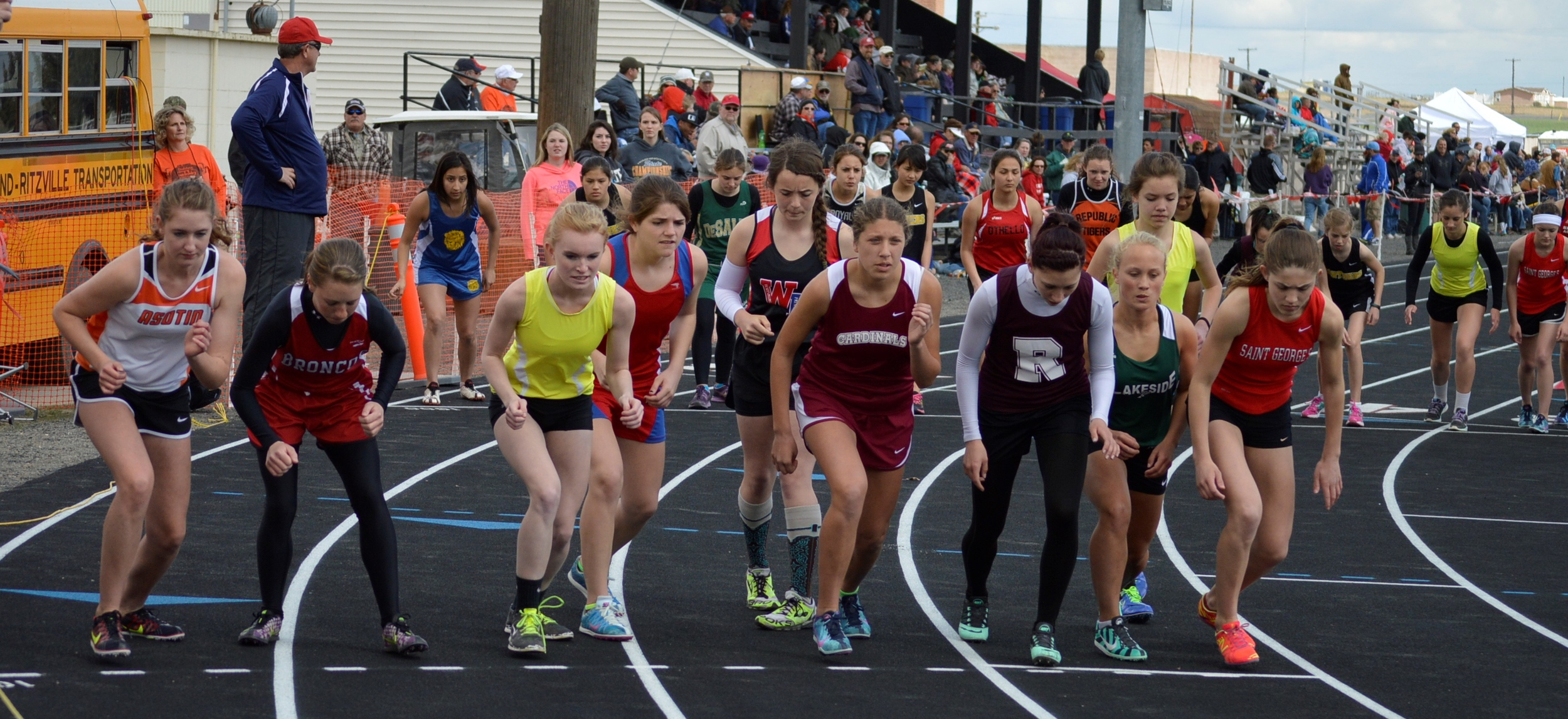 Undeberg Invitational The 1600M Freshmen