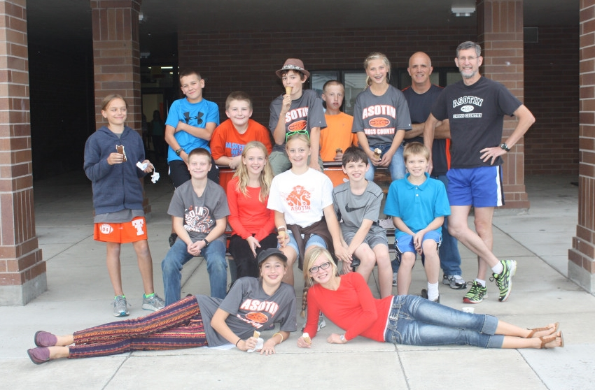 Back row: Natalie (Thing 2, v2.0), Sam, AJ, Asher, Wyatt, Rilynn (Thing 1, v2.0), Head Coach Steve Cowdrey, Coach Paul.  Middle row: Kyler, Mary Ann, Taylor, Joey, Ryker.  In front: Maia, the original Thing 2 (Left) and Carmen, the original Thing 1 (right.)   Picture courtesy of Suzy Cowdrey.