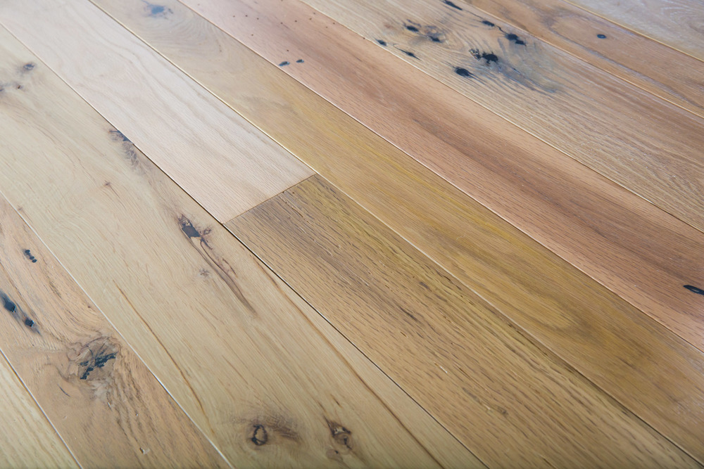 Heritage Oak with Poly Finish
