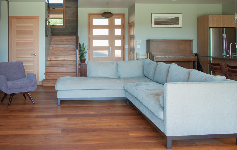 Reclaimed-Teak-Floor-Living-Room-800.jpg