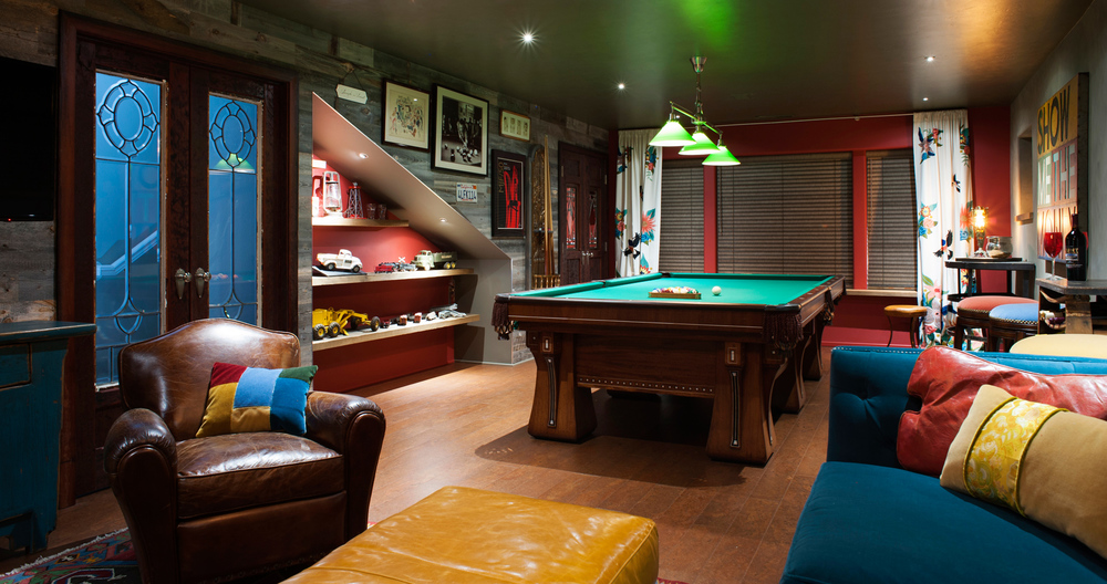 man-cave-billiards-room-with-reclaimed-woodx1000.jpg