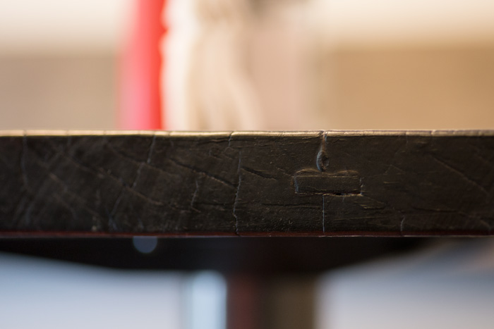 Reclaimed-wood-table-edge-black.jpg