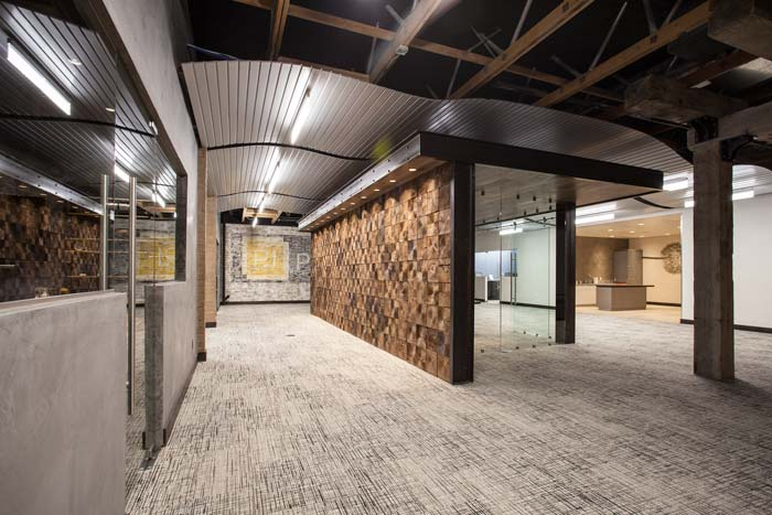 corporate-reclaimed-wood-wall-m.jpg