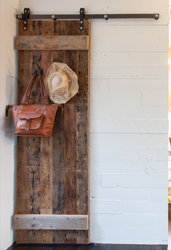 reclaimed-wood-sliding-barn-door.jpg