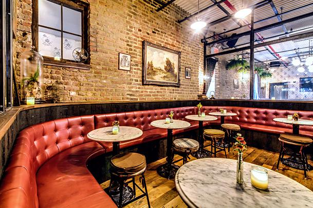 rustic-restaurant-flooring