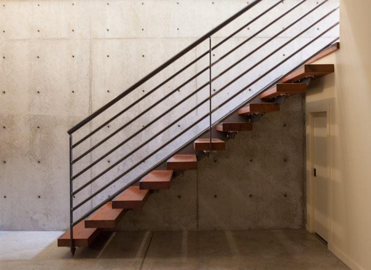 _MG_1083-stairs-m.jpg