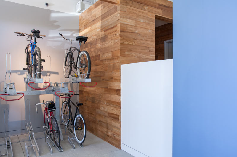 teak-wood-wall-m.jpg