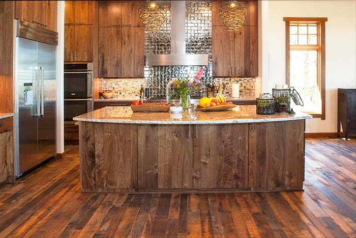 modern-interior-with-reclaimed-wood-m2.jpg