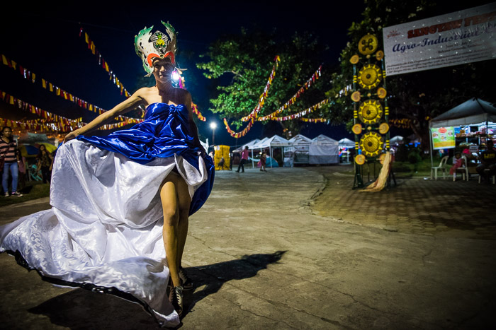 """""""I wanted to make a dress as beautiful as I am"""" John Paul Oquiño - 19 years old"""