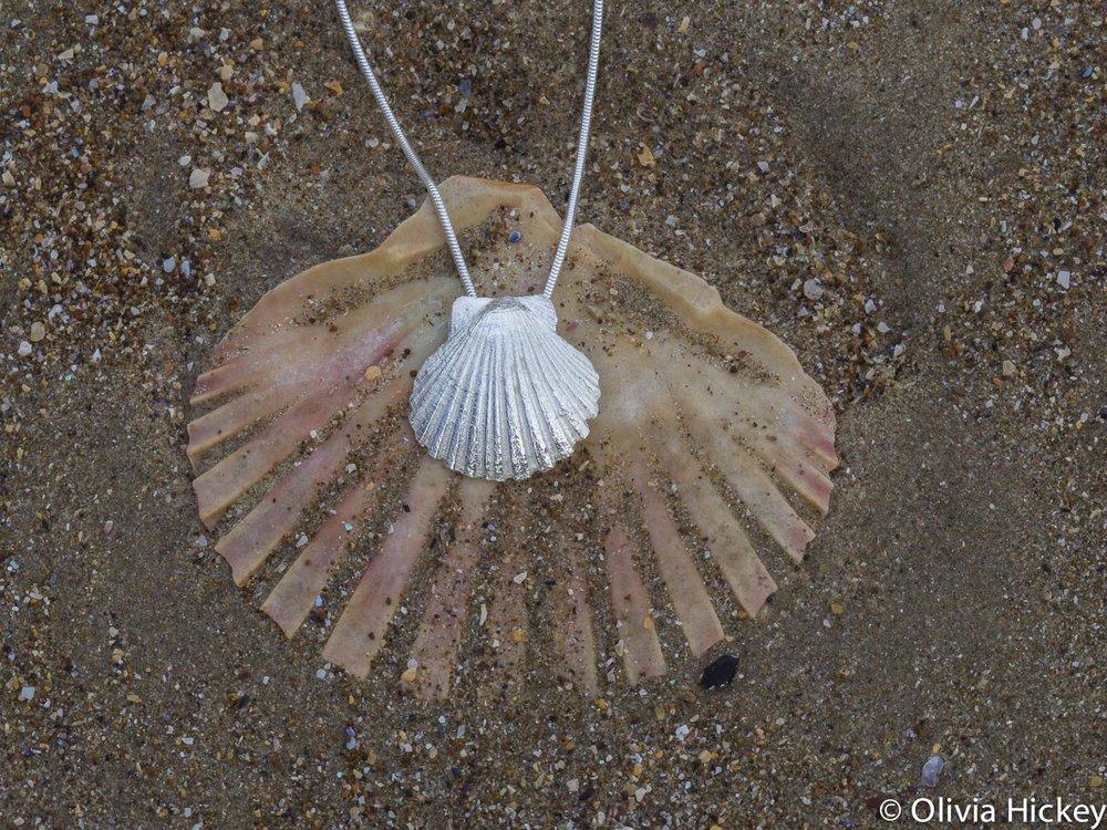 Scollop shell Sterling Silver pendant