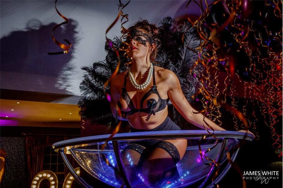 NYE 2016 - Martini Glass - Burlesque 13.png
