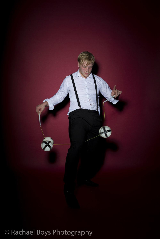 jugglers (10).jpg