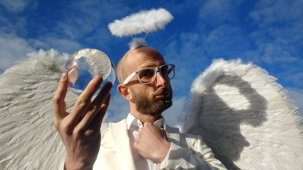 Angel Circus Act