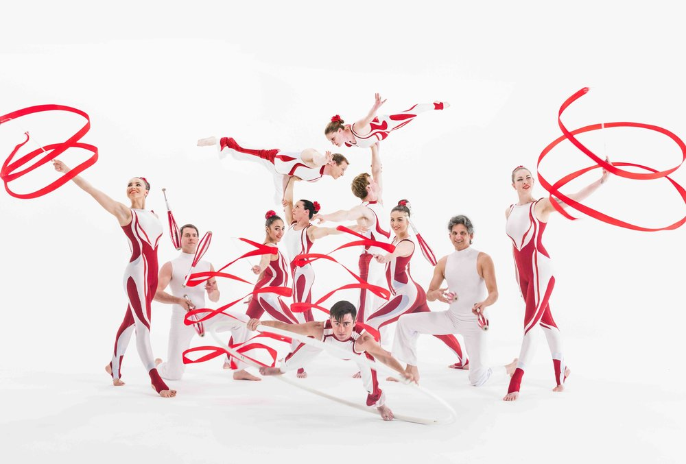 1 Cirque show - Red & White.jpg