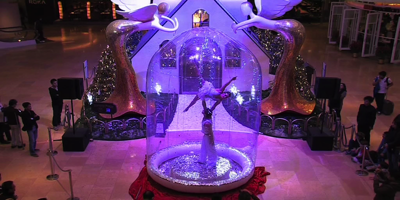 Giant Snow globe for hire