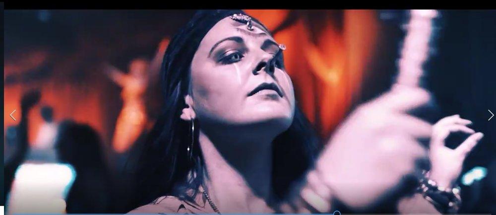 Gypsy queen b.jpg