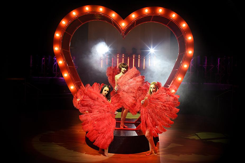 Aerial Heart Prop - Love Burlesque 2 LR.jpg