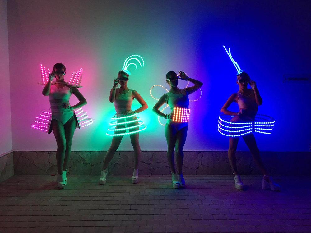 LED Dancers 70.jpg
