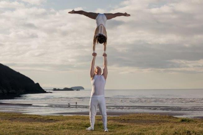 circus acrobats for hire acrobang.jpg
