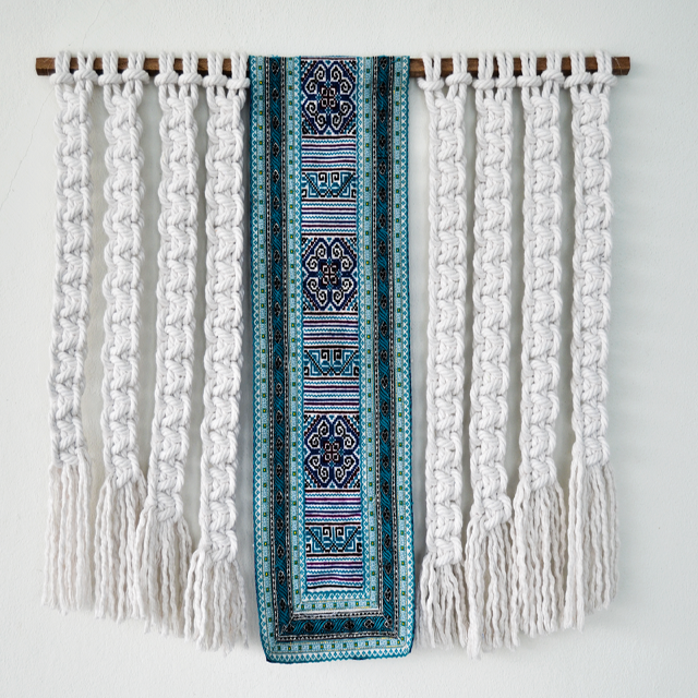 Macrame wallhanging by Ranran Design