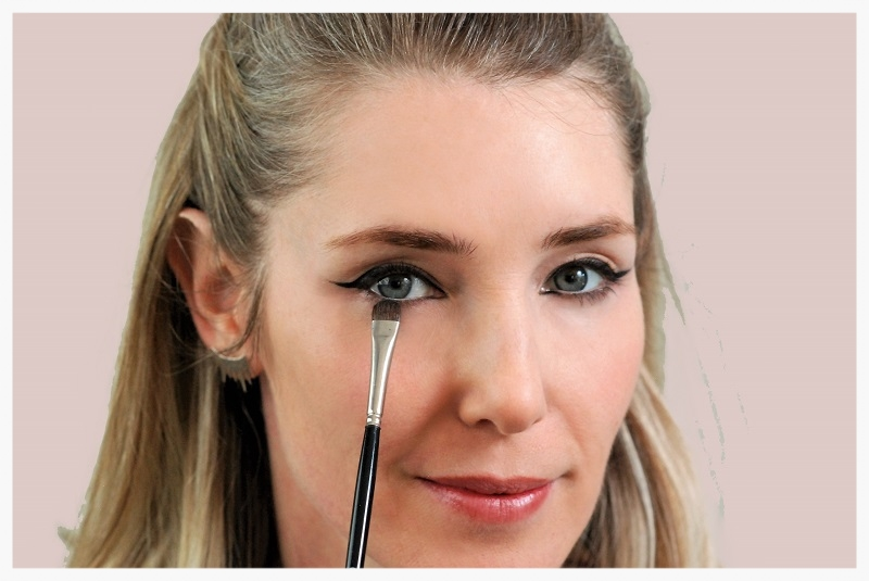 Line your lower lashes