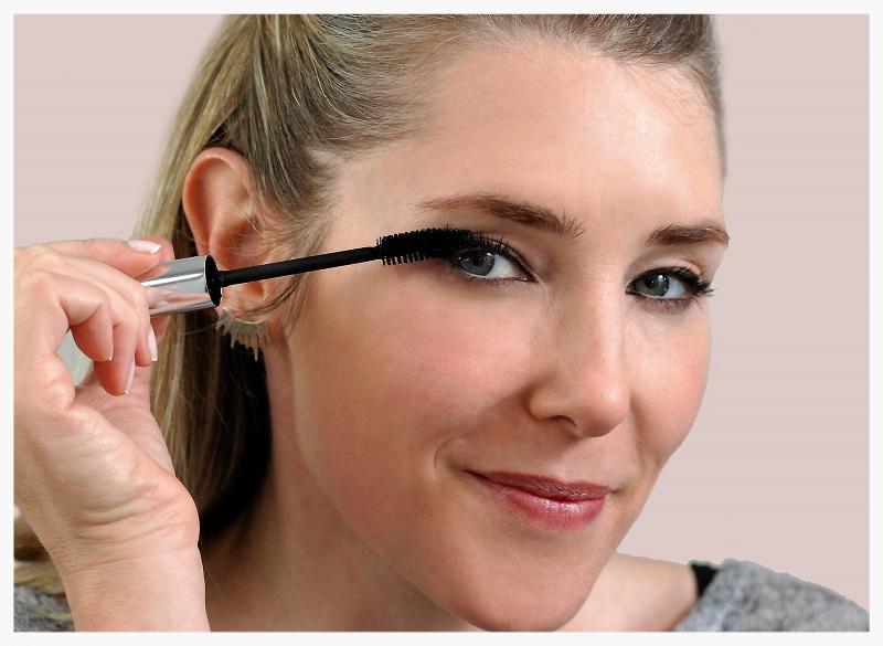 cat eye makeup final look