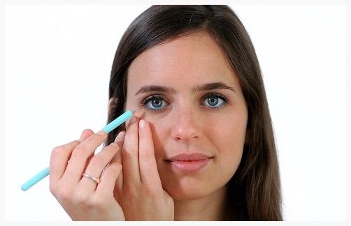 Adding blue eye pencil