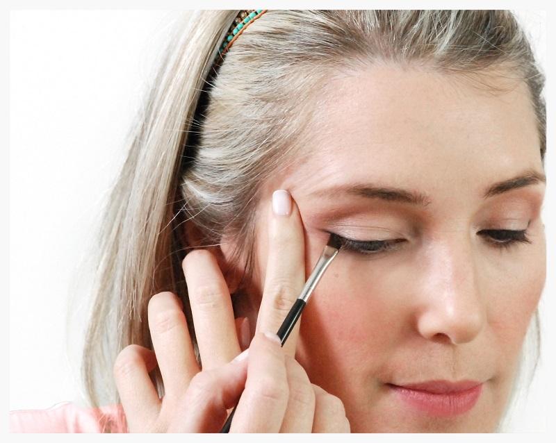 Adding eiagonal eyeliner