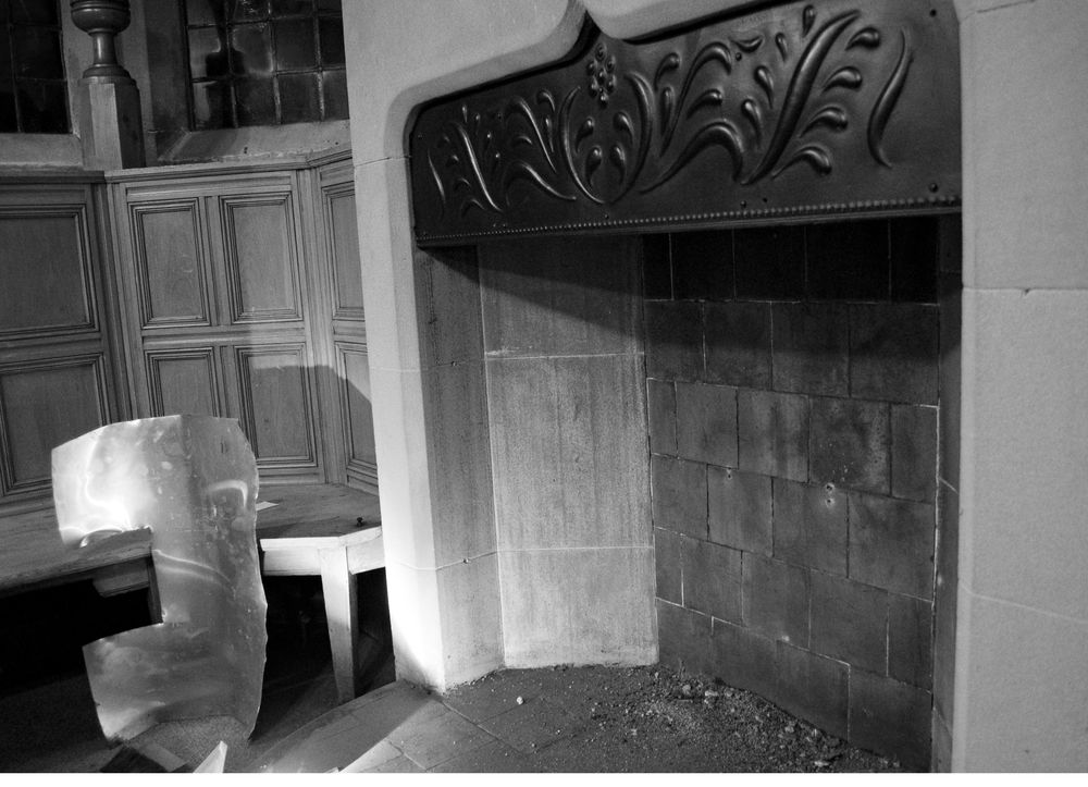 Briarcourt fireplace.jpg