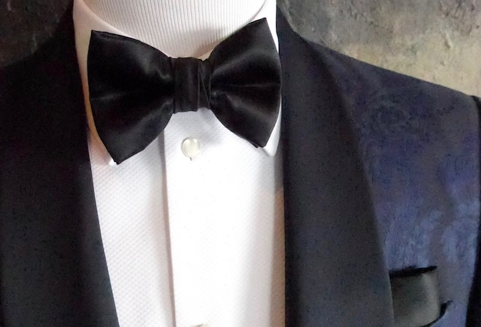 Custom made bow tie, classic black silk