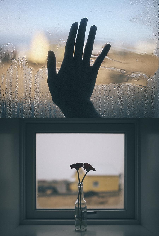 """Como definiría a la melancolía Fernando Pessoa, esta sería de fotografías llamada «Islandia», son la """"nada que duele""""."""