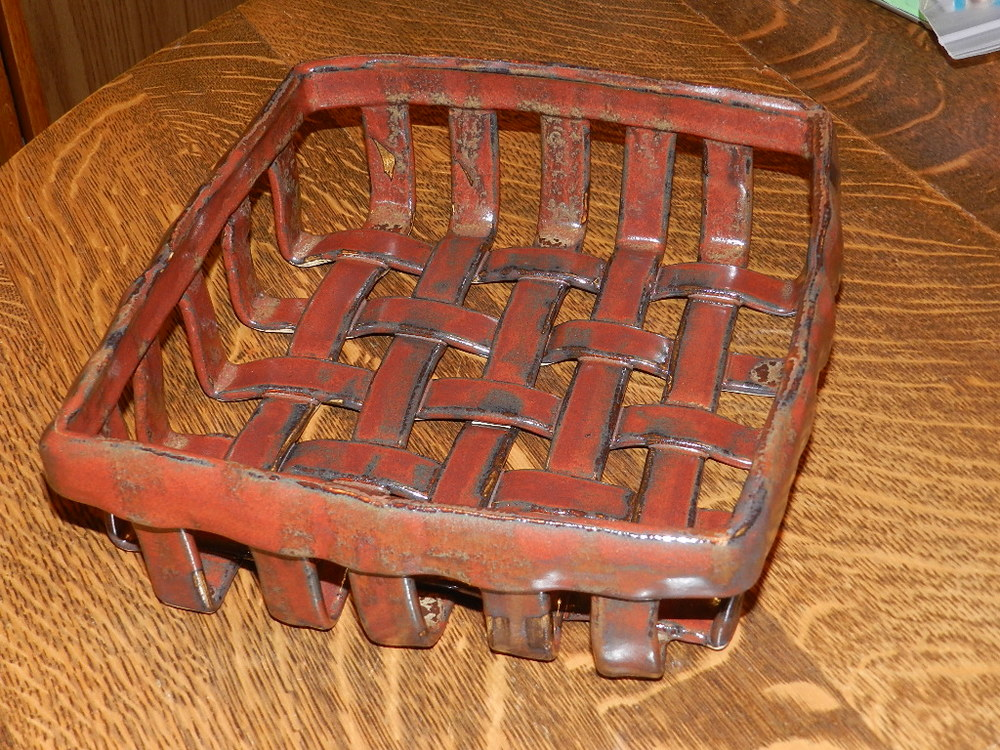 Woven Mail Holder
