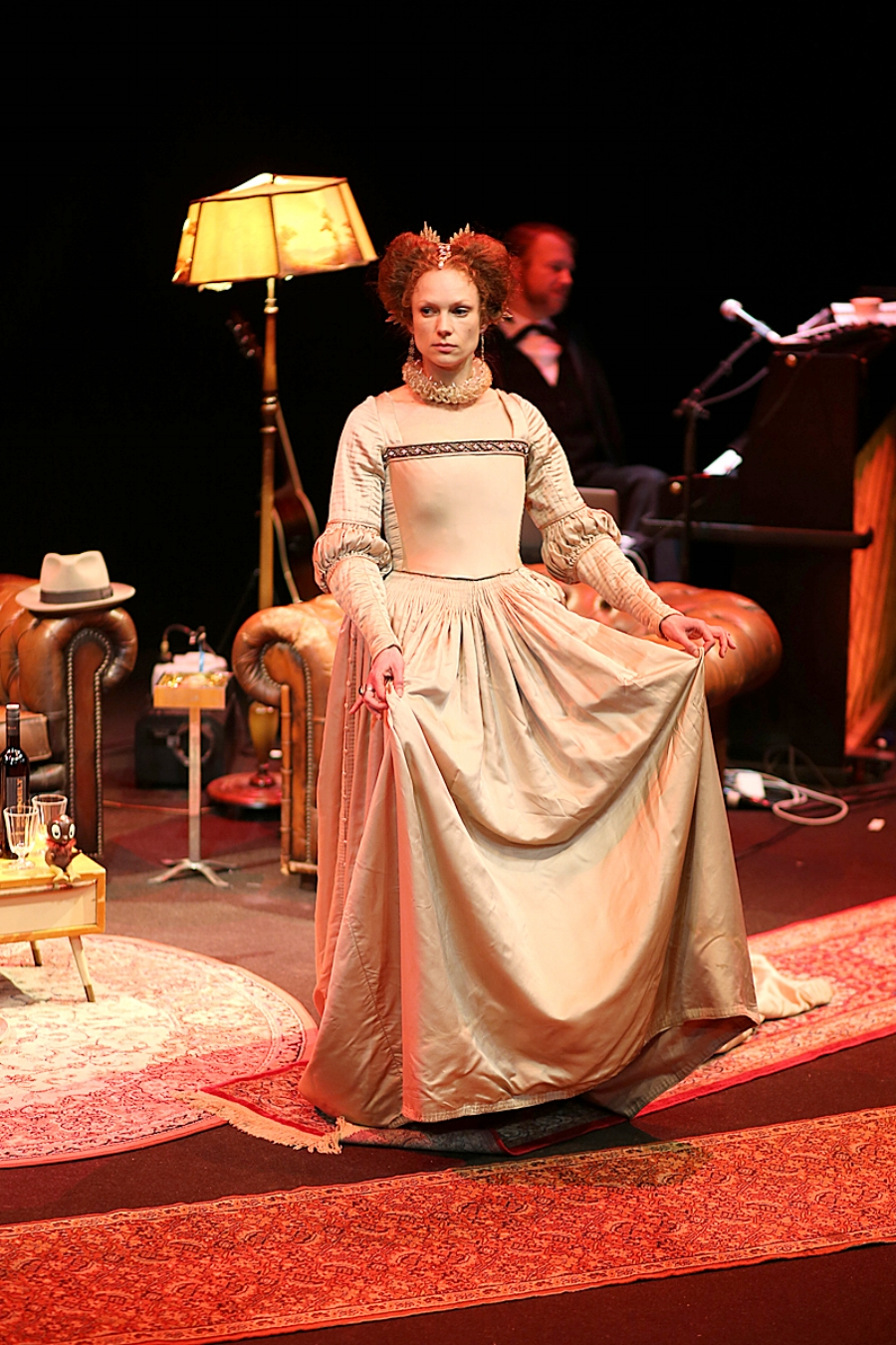 As Mary Stuart. Wengenroth's Autorenclub #10, Schaubühne 2016.