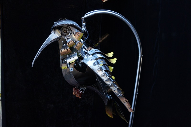 A Hummingbird - kinetic art by Chris Cole 007