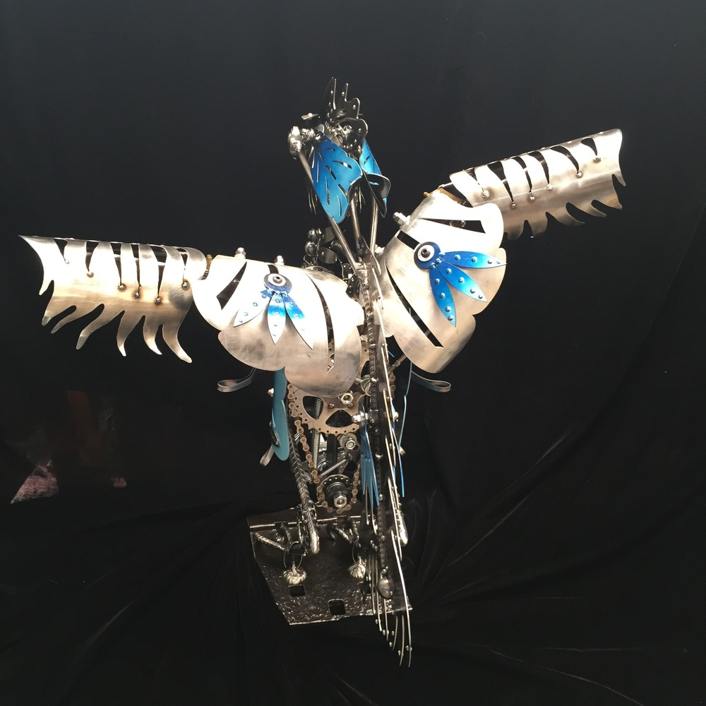 Rear view of Kinetic Bird Sculpture by Chris Cole Commissioned for Tillamook 005
