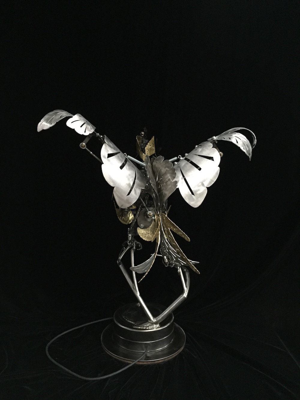"Kinetic Sculpture ""Amelia"" by artist Chris Cole 002 Wing Detail"