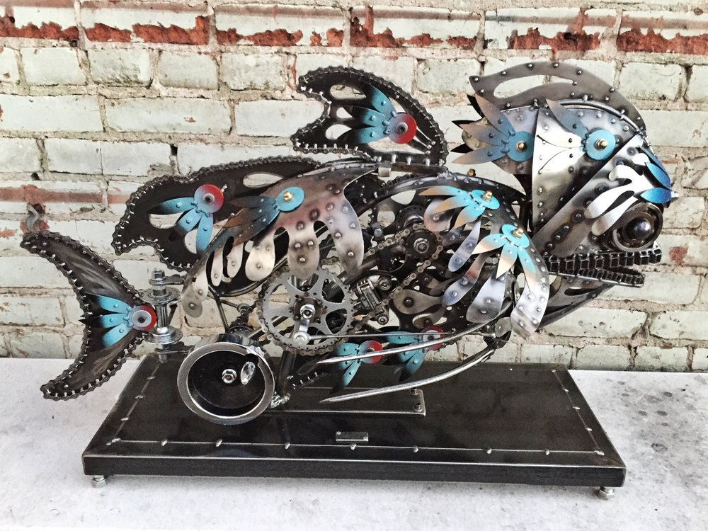 Ivan Kinetic Sculpture of a Fish by Chris Cole 001