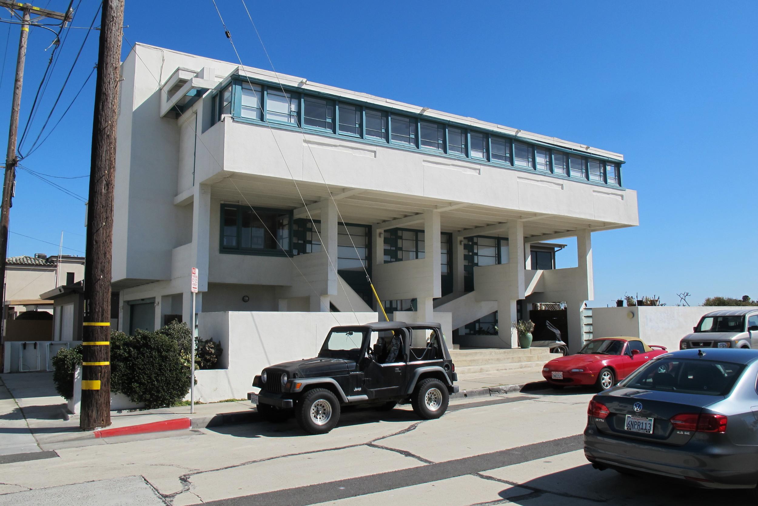 Lovell Beach House-013
