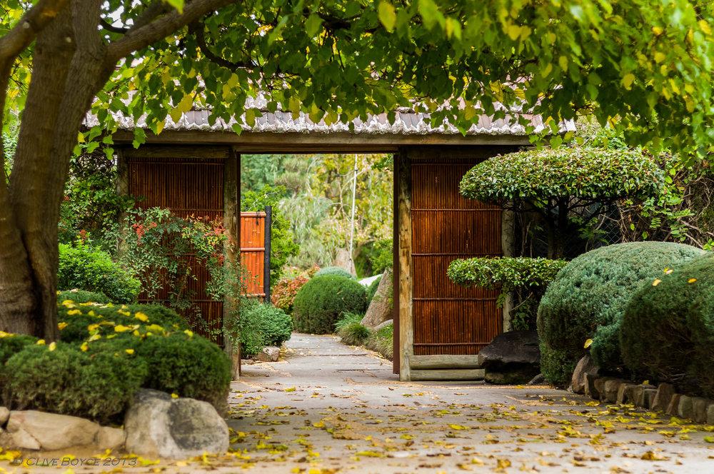 himeji-gardens-001.jpg
